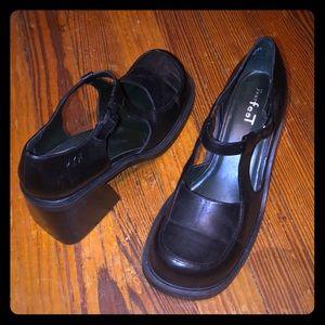 Vintage Mary Jane Heels